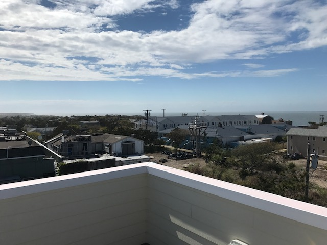 360 unobstructed view roof deck